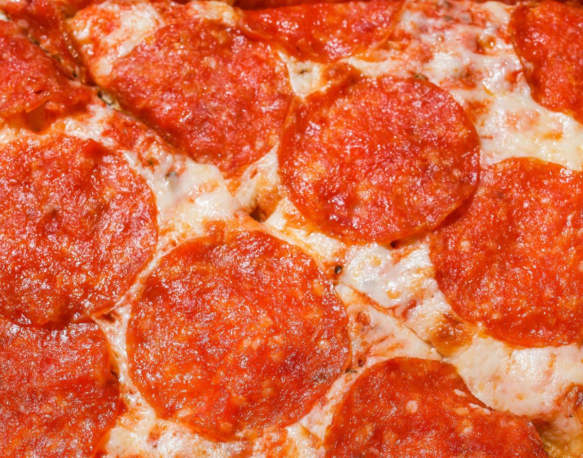 salami w ciąży pizza